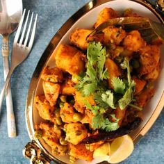BEngali Vegetarisches Rezept Alur Dom