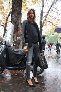 Geraldine Saglio dresses her baby bump in a black leather motorcycle jacket + tee + skinny jeans + heels + scarf
