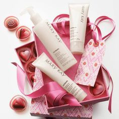 Give a great box set of Mary Kay products for Valentine's Day this year!