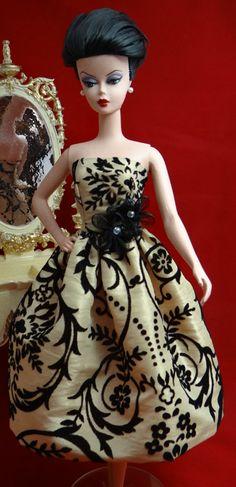 Gold Flocked Taffeta | Nise's Fashionable Designs