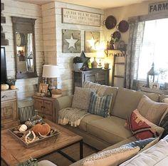 83 Open Home Decor Living Room Farmhouse Style Country Dining Rooms, Country Farmhouse Decor, Farmhouse Style, Rustic Decor, Rustic Cottage, Primitive Country, Primitive Decor, Farmhouse Ideas, Vintage Decor