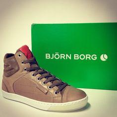 Många snygga skor från BJÖRN BORG för såväl tjej som kille ute i butik och online nu! #björnborg