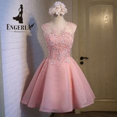 71dd174beac79 Lamya Appliques Crystals Short Prom Dresses Pink Lovely Tulle Ball Gown  Customized Colors Open Back Sexy Party Dress -in Prom Dresses from Weddings    Events ...