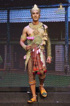Traditional Thai Clothing, Traditional Outfits, Thai Fashion, Logo Line, Thailand, Sari, Asian, Culture, Costumes