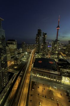 FreakTOgraphy: Special Dedication to #Toronto this week ahead of @TorontoUPF Very excited to be selected as 1st runner up