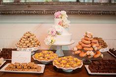 dessert bar | Candi Coffman #wedding