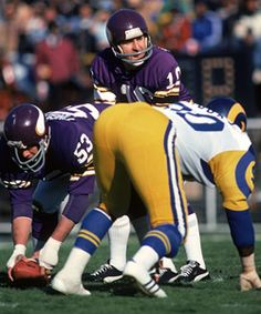 NFL legend Fran Tarkenton donated to the Republican Party. American  Football daf67c7de