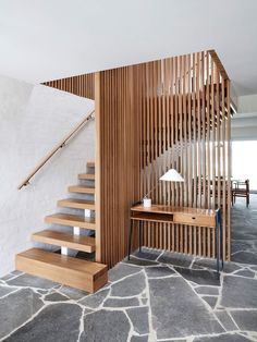 Look inside a family beachside abode by Studio Esteta which turns over a new leaf while drawing the best from its Modernist past and coastal surrounds. interior Portsea Beach House by Studio Esteta Interior Stairs, Home Interior Design, Interior And Exterior, Interior Lighting Design, Japanese Interior Design, Australian Interior Design, Australian Architecture, Room Interior, Casas Containers