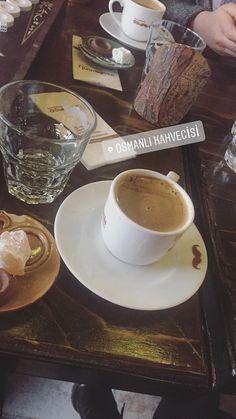 Tea Lover Quotes, Fake Girls, Fake Photo, Stylish Girls Photos, Fake Food, Instagram Story Ideas, Coffee Cafe, Food Design, Yummy Drinks