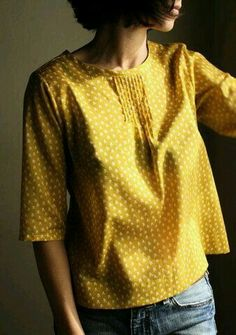 gorgeous gold blouse (thank you mrs french!) - French Shirt - Ideas of French Shirt - gorgeous gold blouse (thank you mrs french! Mode Style, Style Me, Men's Shirts And Tops, Gold Blouse, Yellow Blouse, Look Fashion, Womens Fashion, Look Chic, Mode Inspiration