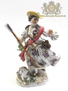 Meissen Figur    Sitzende Rokoko Frau