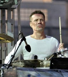 U2 ~ Larry Mullen Jr, 360 Tour