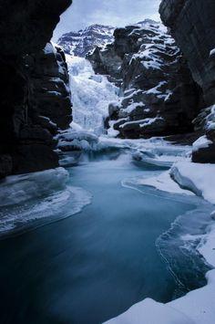 Athabasca Falls,Jasper National Park, Alberta, Canada