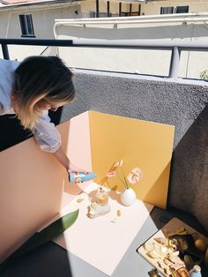 product photography Behind the scenes of our photo shoot for herbal tonic brand Sunwink.