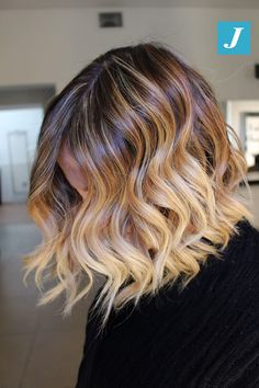 Soft Brown Blonde Waves - 20 Sweet and Stylish Soft Ombre Hairstyles - The Trending Hairstyle Long Blonde Curls, Brown Curls, Blonde Waves, Haircuts For Fine Hair, Bob Hairstyles, Sombre Hair, Bayalage, Strawberry Blonde Hair Color, Graduation Hairstyles