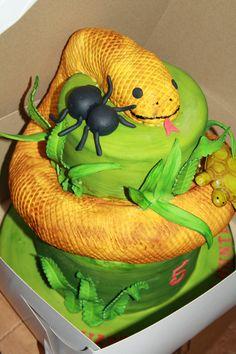 reptile snake cake More