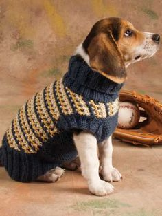 Knit Clothing - Short-Sleeved Sweater Knitting Patterns - Slip-Stitch Style Dog Sweater. Beagles are so CUTE!