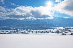 Adembenemend mooi landschap in de zomer én winter!! #winter #sneeuw #Miemingen #Sonnenplateau. De mooiste routes vind je op de website: http://www.sonnenplateau.net/winter/schnee-sport/winterwandern/wandertipps/mieming.html