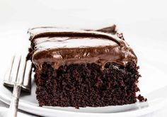 This Chocolate Depression Cake is a moist cake made without any milk, eggs, or butter!! SO DELICIOUS! Depression Cake, Chocolate Depression Cake, Wacky Cake, War Cake, Chocolate Cake, Recipes, Cake, Easy Chocolate Cake, How to Make Chocolate Cake, i am baker, iambaker