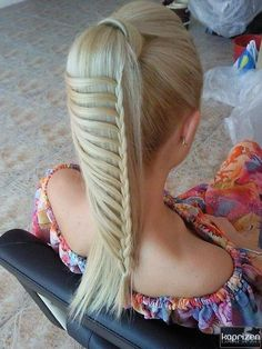 Ponytail with thin lace braid
