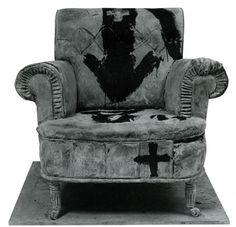 La butaca (The Armchair), 1987, paint on bronze, 88 x 90 x 87 cm.  Antoni Tapies