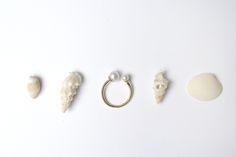 Anel Duas Pérolas / Two Pearls RIng #joiasliê #handmadejewelry #minimaljewelry