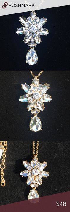 J CREW CRYSTAL PENDANT NEW- Another J Crew beauty with quality. Brass casting, crystal and cubic zirconia star sharp with a dangling crystal. The stones are beautifully faceted set in a light gold ox plating. A statement piece🌸🌺Love this💕💕 J. Crew Jewelry Necklaces