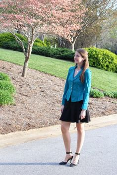 Fashion idea-- Pulling off a Suit without Looking Frumpy! Wearable fashion for business. / Running in a Skirt