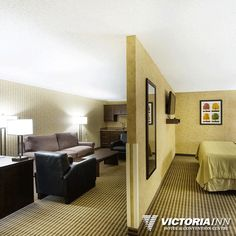Our Victoria Inn Brandon hotel VIP suite is the perfect getaway for honeymooners or business travelers. The large sitting area includes a LCD television with DVD player, mini fridge, microwave, and an extra wide balcony that overlooks our solarium. Lcd Television, The Perfect Getaway, Luxury Accommodation, Convention Centre, Sitting Area, Vip, Victoria, Mini Fridge, Balcony
