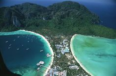 The main curved bays of Ton Sai Bay and Lo dalam Bay, Phi Phi Don Island, Thailand