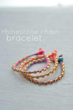 DIY: Pulsera con cadena de cristales / Rhinestone chain bracelet. Embellishment. Crystals. DIY. Bracelet.