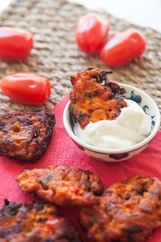 Santorinian Tomato Fritters (Tomatokeftethes)