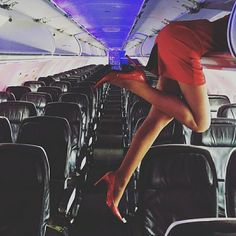 Excuse us while we put our carry-on items in the overhead bin. We're off to Kingston tomorrow with Pilot The beverage cart will be making it's way through soon after take off 👠 Trolley Dolly, Flight Attendant Life, Southwest Airlines, Cabin Crew, In Pantyhose, Beautiful Legs, Going Crazy, Sexy Legs, Surf