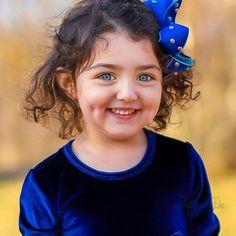 The World Cutest Baby - Anahita Hashemzadeh - My Baby Smiles Cute Baby Photos Hd, Cute Baby Girl Names, Cute Little Baby Girl, Cute Baby Girl Pictures, Baby Girl Images, Cute Baby Videos, World's Cutest Baby, Cute Baby Girl Wallpaper, Cute Babies Photography