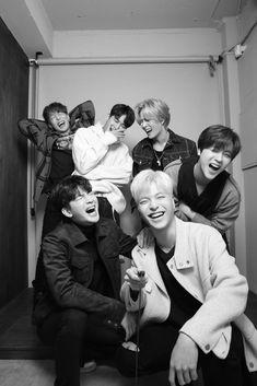 Our social Trends Yg Ikon, Ikon Kpop, Ikon Junhoe, Kim Jinhwan, Yg Entertainment, Ikon Member, Ikon Debut, Jay Song, Photos