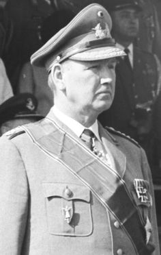 Unknown to me West German General who served in the Wehrmacht in WWII