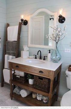 Sehe dir das Foto von Pusteblume mit dem Titel Wunderschönes ländliches Badezimmer und andere inspirierende Bilder auf Spaaz.de an.