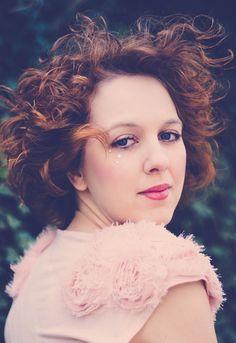 #portrait #womenphotography #redhair #redlips