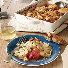 Meet your new Sunday supper--a dish that's great on the weekend, when you have more time for the pleasures of slow cooking. Serve on crusty toast slabs or a bed of pasta. Add a pinch of crushed red pepper if you'd like a little kick.