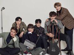 TAEHYUNG really look like a part of Hwarang family here ☺☺☺☺ Choi Min Ho, Asian Actors, Korean Actors, Korean Dramas, Kpop, Park Hyung Shik, Park Seo Joon, Weightlifting Fairy Kim Bok Joo, Korean People