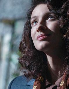 Jamie & Claire from the Outlander series Outlander Season 2, Outlander Tv Series, Starz Series, Outlander Quotes, Claire Fraser, Jamie And Claire, Diana Gabaldon, Outlander Characters, Laura Donnelly