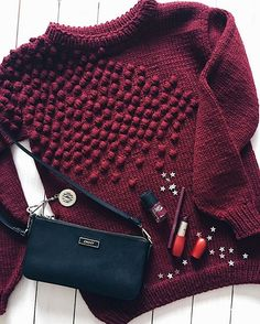 Crochet Patterns Sweter See photos and videos from Tatiana ( … Knitwear Fashion, Knit Fashion, Mode Crochet, Knit Crochet, Knitting Designs, Knitting Projects, Knitting Patterns, Crochet Patterns, Style Feminin