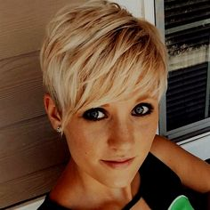 Short Blonde, Love Hair, Short Hair Styles, Hairstyle, Beauty, Bobs, Link, Chain, Coral