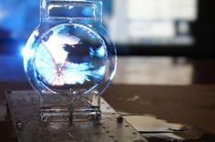 Colloidal soap bubble 3D display