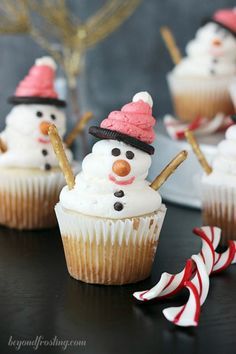 Christmas Cupcakes Snowman Cupcakes