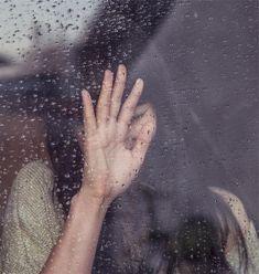 girl sad crying -  girl sad crying free stock photo Dimensions:1996 x 2102 Size:1.03 MB  - http://www.welovesolo.com/girl-sad-crying/
