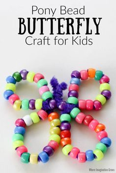 Pipe cleaner and pony bead butterfly craft for kids! A simple spring craft for toddlers and preschoolers using basic craft supplies. Threading beads and twisting pipe cleaners is all it takes! Great for fine motor skills and hand-eye coordination! Use with spring, bugs, and butterfly lesson plans. Makes an easy last-minute craft too. #butterflycrafts #preschoolcrafts #beading #beadcrafts #finemotor #springcrafts
