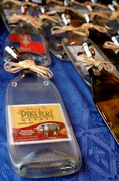 Hand-made melted bottle cheeseboard featuring our favorite Pike Place Market swine, Rachel the Piggybank! Proceeds benefit the Pike Place Market Foundation Christmas Shopping List, Pike Place Market, Craft Markets, Melted Cheese, Piggy Bank, Whiskey Bottle, Seattle, Handmade Gifts, Benefit