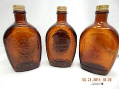 LOG CABIN SYRUP BOTTLES-LOT OF 3! VINTAGE 1976, BICENTENNIAL! METAL CAPS! AS IS! #LOGCABIN