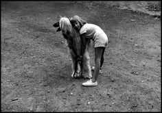 Joseph Koudelka (or is it Elliott Erwitt? Loving on an Quotes About Photography, Love Photography, Animal Photography, Street Photography, Documentary Photographers, Famous Photographers, Jackie Kennedy, Eliot Erwitt, Robert Frank Photography